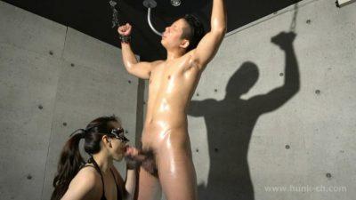 [HUNK-CH] XM-0002 – Xに拘束されたノンケの勃起雄魔羅筋肉棒を性女が喰い尽くす!!!超級デカマラ極上筋肉童貞(だった)真志(まさし)21歳!!!