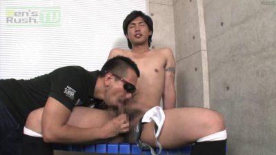 [MEN'S RUSH] MR-TK301 – イケメンサッカー青年がゴーグルマンのテコキで発射☆