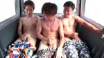 [MEN'S RUSH] MNC-896 – 高○時代からの親友3人をまとめてナンパ!3人仲良くオナニー大会!