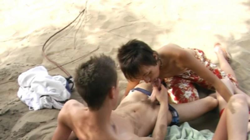 [JapanBoyz] 20090204 – BEACH CUM ORGY (STARRING RYU)