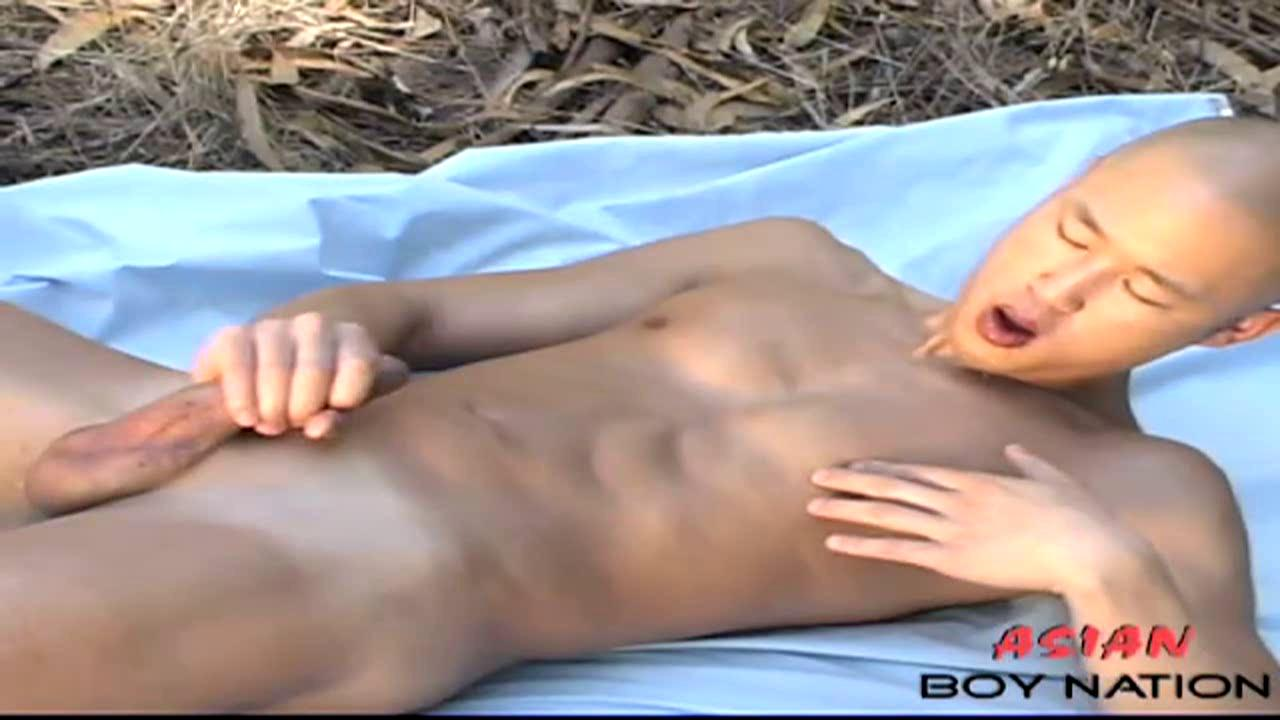 [ASIANBOYNATION] CHINESE-AMERICAN BOY CUMS AT A PICNIC [HD720p]