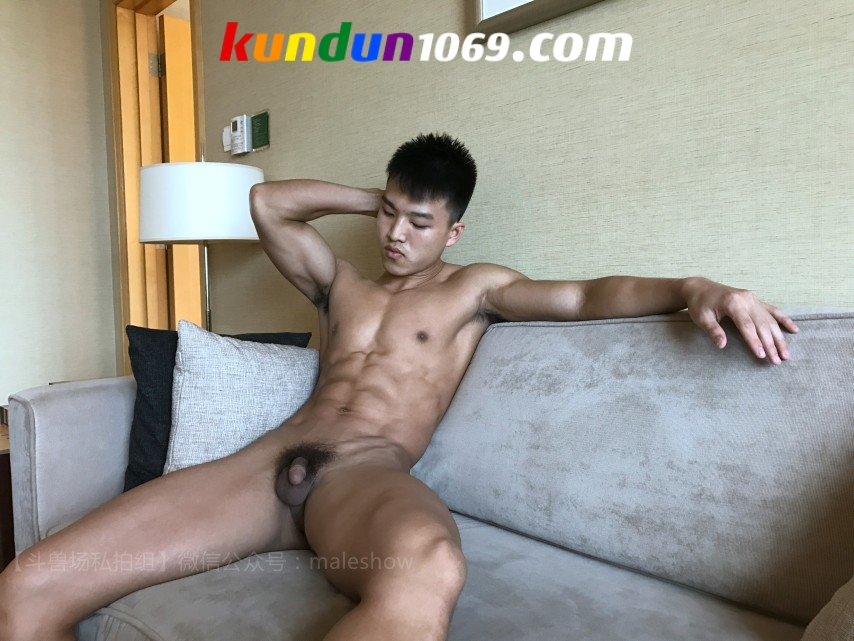[CHINESE] MALESHOW – HE YONG [HD720p]