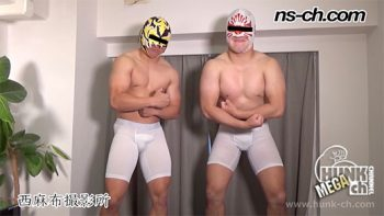 [HUNK-CH] NS-782 – 174cm92kg20歳・165cm70kg20歳の覆面野郎が二人同時射精