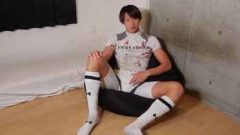HBM-023 – 18歳の現役ラガーマンが自前のスポーツウェアで激エロオナニー