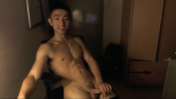 [CHINESE] LIVE BROADCAST – 6-PACKS FIT ASIAN JERKING PART 3 筋肉男自画撮りSEX